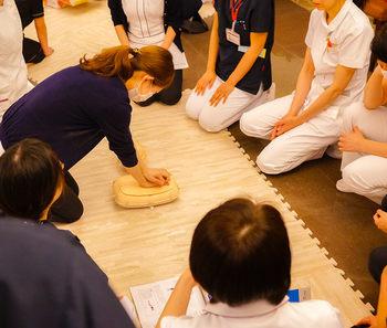 AED勉強会 心臓マッサージ